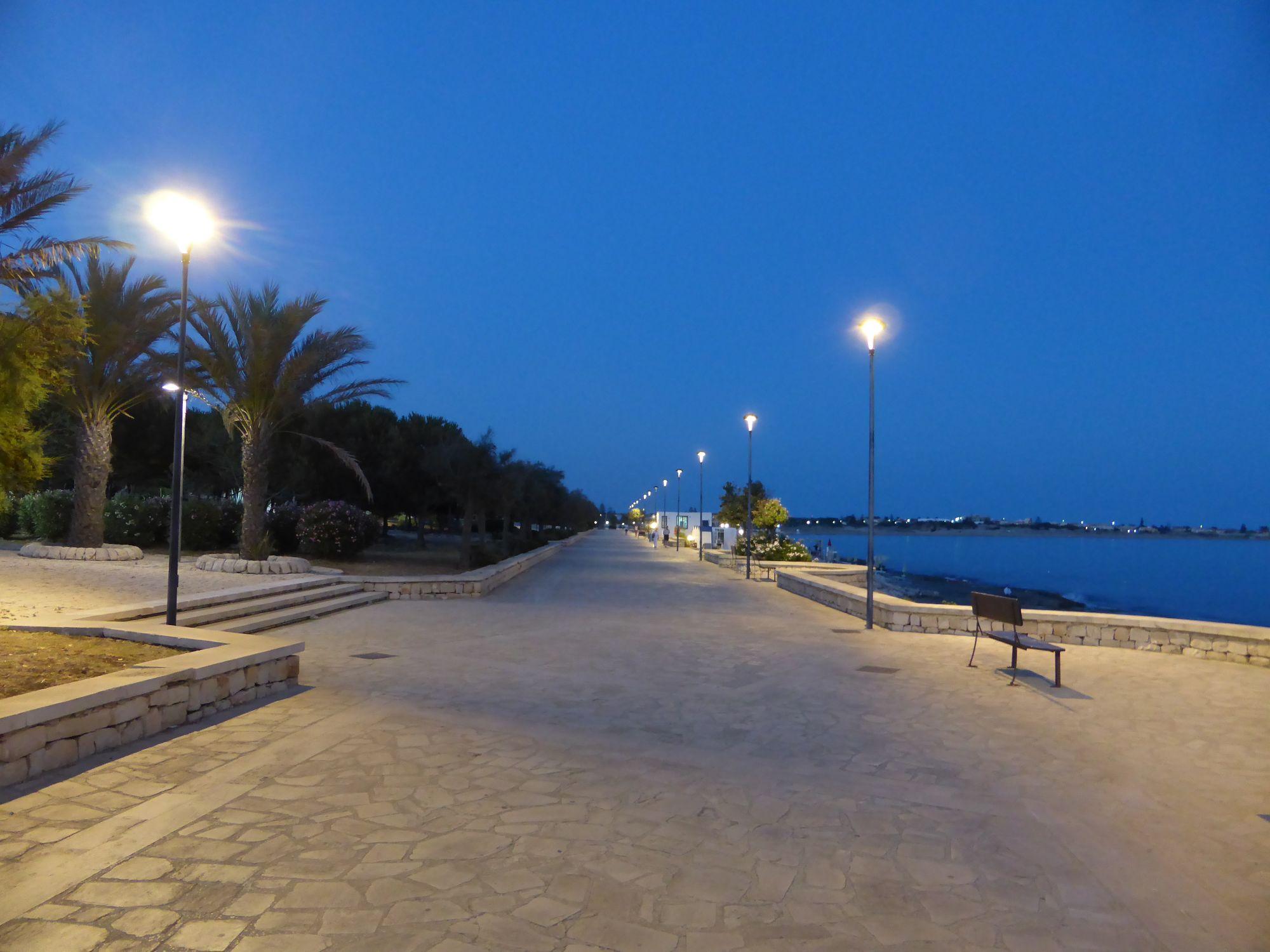Riaprono il lungomare e piazza Mediterraneo a Marina di Modica
